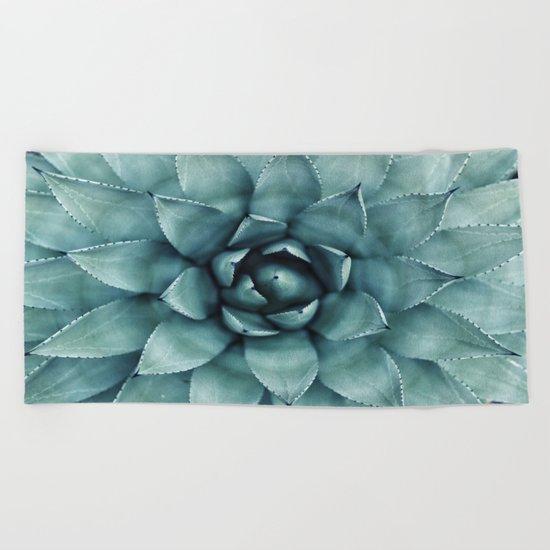 Flower geometric 4 Beach Towel