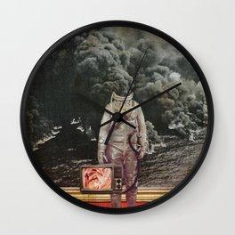aus gebrannt Wall Clock