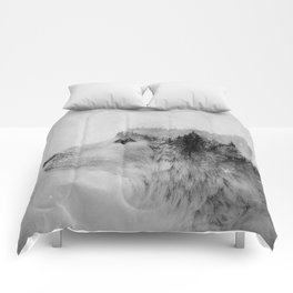 Wolf (B&W) Comforters