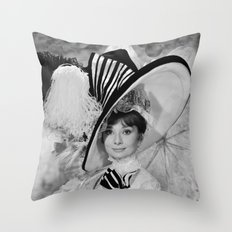 Audrey Hepburn ICONIC ICON BEAUTY SCENE Throw Pillow