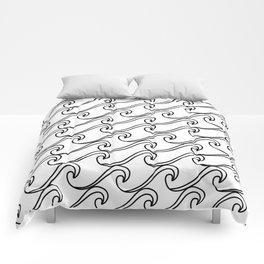 Rough Sea Pattern - black on white Comforters