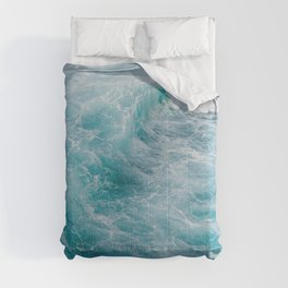 STORMY - BLUE - SEA - IN - SUNLIGHT - PHOTOGRAPHY Comforters