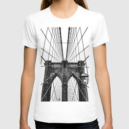Brooklyn Bridge Web Vertical T-shirt