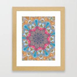 Pogo lar Framed Art Print