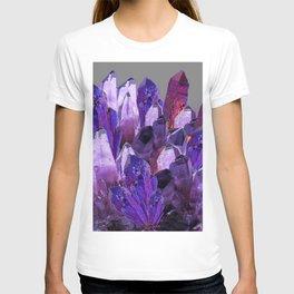 PURPLE AMETHYST CRYSTALS GREY ART T-shirt
