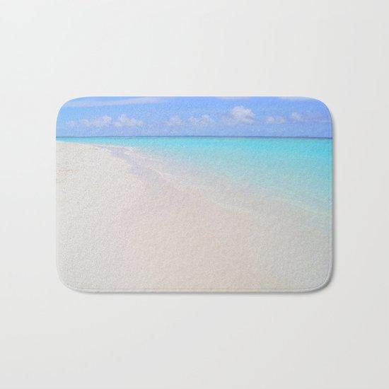 beach (Maldives White Sand Beach) Bath Mat