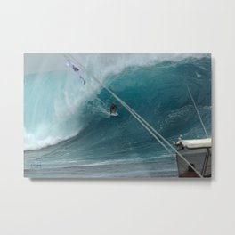 MICK FANNING GETS THE FLOGGING OF A LIFETIME Metal Print