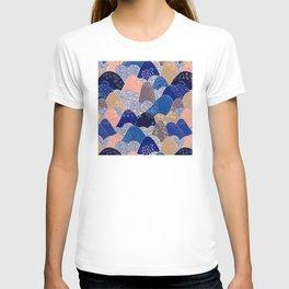 Vintage Japanese Pattern: Interpretive Ocean Waves T-shirt