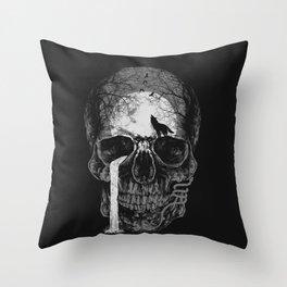Natural soul skull Throw Pillow
