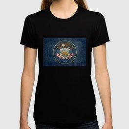 Utah State Flag, vintage retro style T-shirt