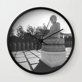 Iluminado Wall Clock
