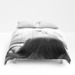 nude 45 Comforters
