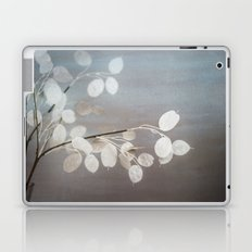 WHITE PAPER FLOWERS Laptop & iPad Skin