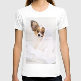 Cute puppy on pillows T-shirt