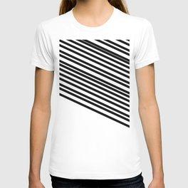Black White Diagonal Stripe Print  T-shirt
