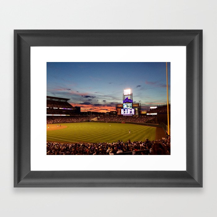 Denver Rockies 7, LA Dodgers 5, and Denver with a Beautiful Night Sky.  Gerahmter Kunstdruck