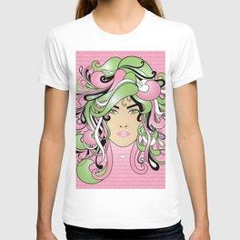 I AM AN AKA WOMAN T-shirt
