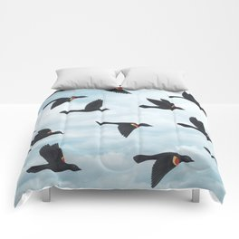 red-winged blackbirds and blue sky Comforters
