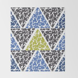 ink triangles Throw Blanket