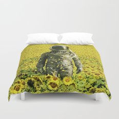 Stranded in the sunflower field Duvet Cover
