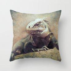 Big bad Lizard! Throw Pillow