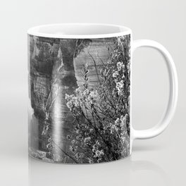 Crashing Waves At Cliffs End Coffee Mug