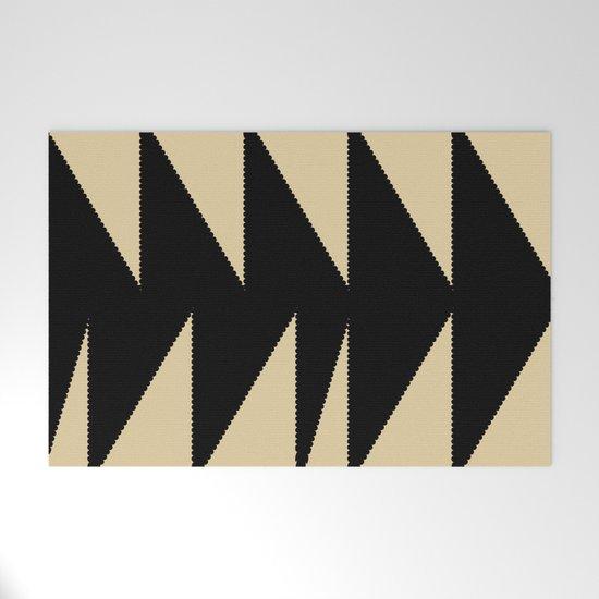Arrowhead geometry motive by concretejungle
