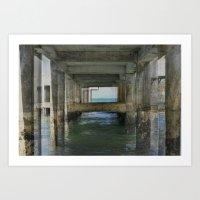 Bajo el Muelle Art Print