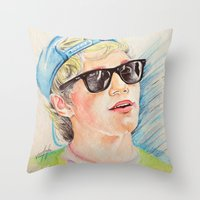 niall horan Throw Pillows featuring Niall Horan glasses by vanessa