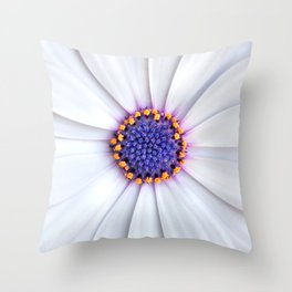 daisy daisy Throw Pillow