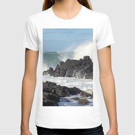 The waves of the Jeju sea crashing on the rocks , Jeju Island, Korea. T-shirt