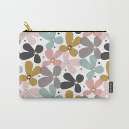 Lilla Carry-All Pouch