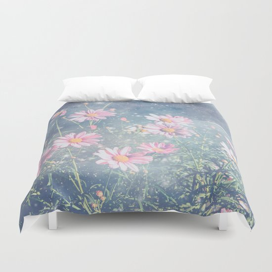 Magical Daisies Duvet Cover
