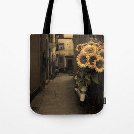 Cortona Tote Bag