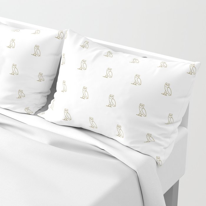 Classic Owl - White Pillow Sham