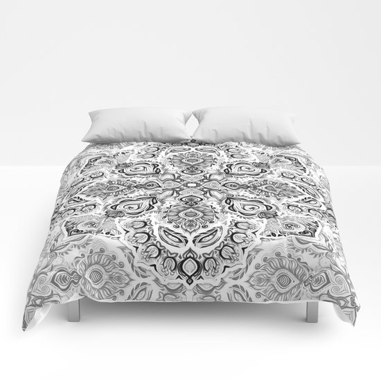 Pattern in Black & White Comforters