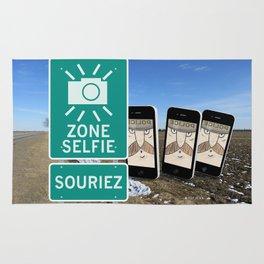 Zone Selfie - Souriez Rug