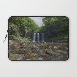 Sgwyd yr Eira Waterfall 2 Laptop Sleeve