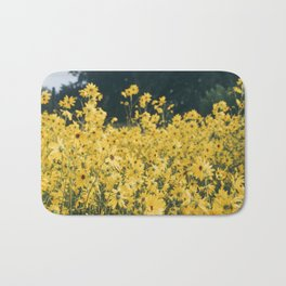 Daisies For Days Bath Mat