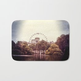 Whitehall & the London Eye from St James's Park Bath Mat