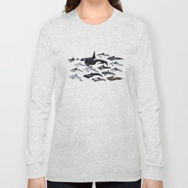 Delphinidae: Dolphin family Long Sleeve T-shirt