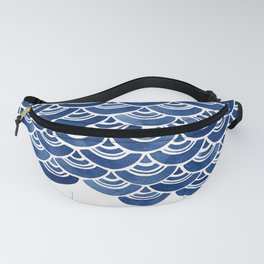 Blue and White Overlapping Fish Scale Watercolor Pattern Fanny Pack