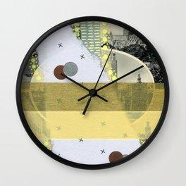 Saluti Dal Futuro 112 Wall Clock