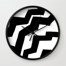 Jaggy Contrast Wall Clock