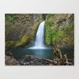 Wahclella Falls in the Columbia River Gorge, Oregon - Taken Same Day the Eagle Creek Fire Started Canvas Print