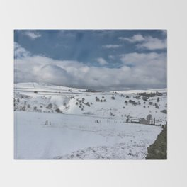 Snow in the peak district Throw Blanket