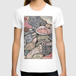 Fossils for history, dinosaur and archaeology lovers T-shirt