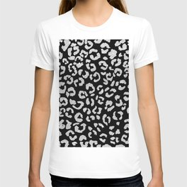 Modern trendy silver glitter hand painted leopard pattern on black T-shirt