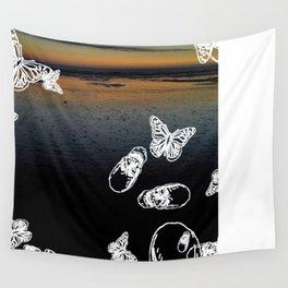 Beach noir Wall Tapestry