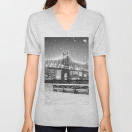 New York City Snow Unisex V-Neck